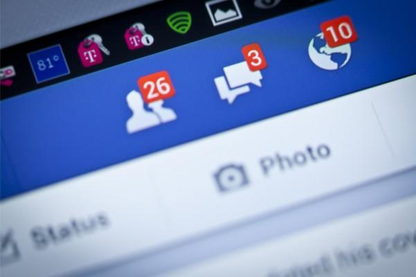Facebook está testando um novo tipo de post que funciona como um tweet